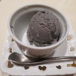 鮨 なかや - 黒ゴマのアイス