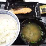 吉野家 - 料理写真:焼き魚定食(450円)
