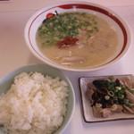 一味ラーメン - ホルモンセット(各ラーメンプラス190円)