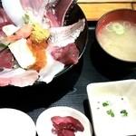 47027513 - 2016/2/1 - 海鮮丼@1,000円