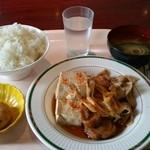 グリーンコート - 日替定食 肉豆腐
