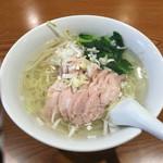 中華料理 華宴 - 鶏タン麺