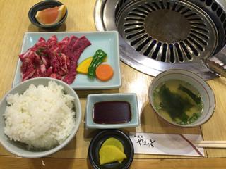肉の山本 - 201601