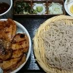 ぶたいち - 雪。  豚丼セット(ミニそば付)