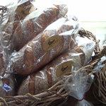 山のパン屋 ダディーズ・ベーカリー - りんごからおこした自家製酵母で作ってます