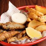 手づかみシーフード Makky's The Boiling Shrimp - フィッシュ&チップス