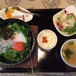 茶屋 草木万里野 熊谷店 - 石焼ごはんセットの「明太と高菜」(1,026円)