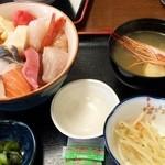 おやじのきまぐれ食堂 - スペシャル海鮮丼1,380円