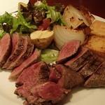 トラットリア フィオリトゥーラ - 和牛肉3種盛り合わせ(リブロース、ランプ、イチボ)