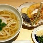 うどん和讃 - かけうどんと野菜天ぷら