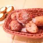 47068481 - 自家製パン