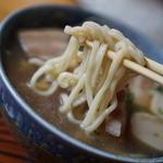 食堂ぬーじボンボンZ - 麺はつけ麺の麺みたいなコシ