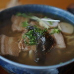食堂ぬーじボンボンZ - 三枚肉そば680円