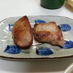 岡田屋 - 焼鮪 210円