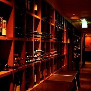 イタリア各地のワインを取り揃えています