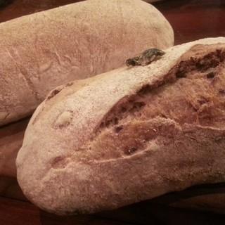 ◆話題沸騰中!◆パネッツァ角谷さんの粉が香る薪焼パン