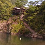 瀞ホテル - H27/5川原からの瀞ホテル
