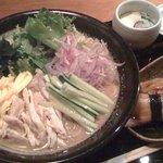4708316 - サラダうどんと穴子寿司です。
