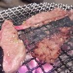 七輪炭火焼肉遊輪 - 和牛カルビ