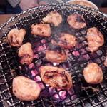 七輪炭火焼肉遊輪 - 豚ホルモン(味噌)