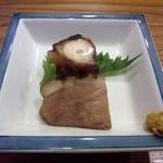 やまさん - 蛸のやわらか煮 合鴨ロースト 素材の良さを引き出した味付けで、美味しい!