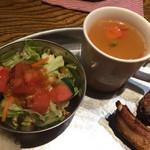 47080360 - ランチサラダとスープ