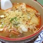 アジアンキッチン サワディー - トムヤム汁麺。