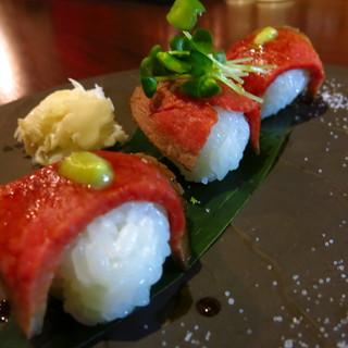 手毬肉寿司始めました