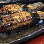 ぎふ初寿司 - 名物の穴子
