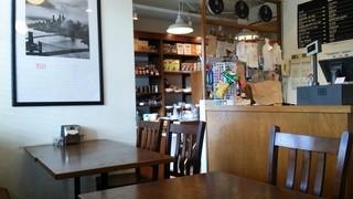 Simply - (2016/2月)店内。雑貨&カフェ。