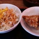 風味定食屋 - 唐揚げ&サラダ