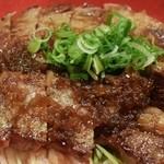 肉のツクモ - ステーキ丼ぶり1.5倍