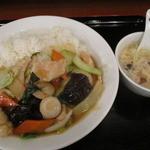 萬興楼 - 中華丼