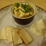 とん彩や - 豆腐3種盛