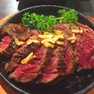 黒毛和牛特製ローストビーフ・和牛肉のグリル!こだわりの肉料理