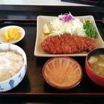 とんかつかつ元 - 料理写真:ロースカツ定食(160g)