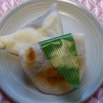 あまやき屋 - 料理写真:種類は笹餅とちゃきんの2種類のみ