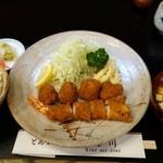 いち川 - 料理写真:(2015/12月)「ミックス定食」