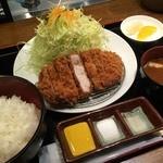 Katougyuunikutenshibutsuu - 加藤牛肉店シブツウ(トンカツ上ロース)