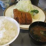 キッチン直 - 料理写真:上ヒレかつ全貌