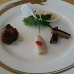 上海 小南国 - ランチコースの前菜