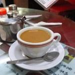 Hoi On Cafe - 珈琲