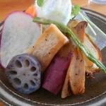 47126965 - モーニングのサラダ 焼き野菜