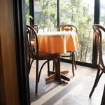 カフェアンドデザートレストラン クルール クレール - デッキ風テラス席