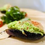 kiki harajuku - ずわい蟹とアボカドとグレープフルーツと揚げ茄子のタルタル
