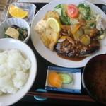 47144770 - ハンバーグと野菜のムニエル盛り合わせ定食