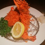 田なか屋 - ご飯・お味噌汁・キャベツ・お漬物・海老とヒレカツが付いて1000円+税