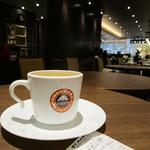 サンマルクカフェ - 割と暗渠的な空間