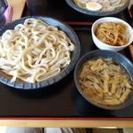 こんこ屋 - 肉汁うどん(大)と豚バラ丼