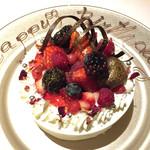 47154102 - バースデーケーキ